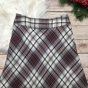 East 5th Maxi Skirt Red White Black Plaid 4
